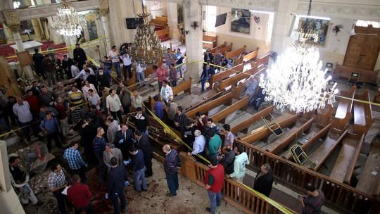 Hình ảnh trong nhà thờ sau vụ đánh bom. Ảnh: RTE