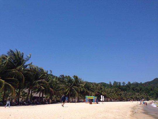 Du khách đến Cù Lao Chàm nên chấp hành theo quy định của hòn đảo về việc sử dụng nyon