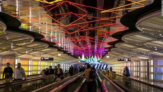 Một sân bay có lượt khách nhiều hơn dân số Việt Nam! - Ảnh 5.