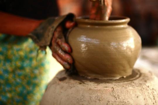 Độc đáo nghệ thuật làm gốm ở Bàu Trúc - Ảnh 5.