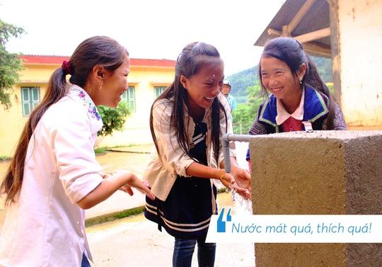 Những hình ảnh đáng nhớ trong hành trình trao tặng nước sạch - Ảnh 5.