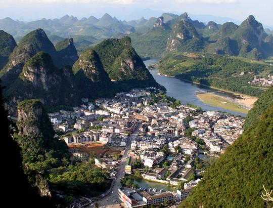 10 cổ trấn đẹp như trong phim ở Trung Quốc - Ảnh 5.