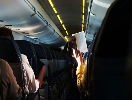 10 điều nên làm trên máy bay để thư giãn trong suốt hành trình - Ảnh 5.
