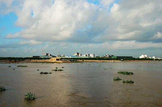 Ngắm dòng sông nổi tiếng bậc nhất trong lịch sử Việt Nam - Ảnh 6.