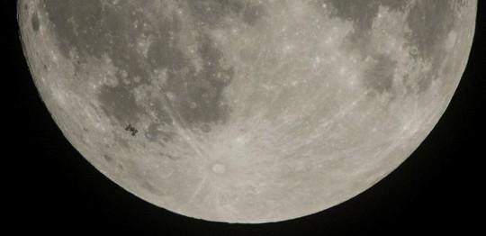 Hình ảnh siêu trăng 2017 trên bầu trời các nước - Ảnh 5.