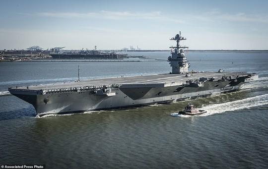 Tàu có thể thực hiện 220 cuộc không kích mỗi ngày. Ảnh: AP