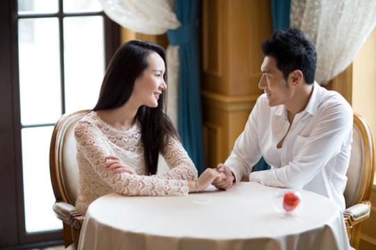 Hãy để người cũ của bạn nằm yên trong quá khứ, đừng lôi người cũ vào cuộc hẹn hò đầu tiên của bạn. (ảnh minh họa)