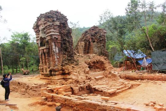 Tháp K dưới thời Chămpa được xem là tháp Cổng dẫn vào khu đền tháp ở chánh điện Mỹ Sơn. Ảnh: Đắc Đức.