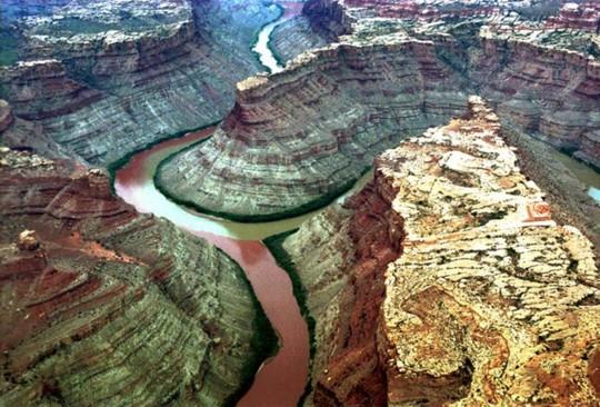 10 hợp lưu sông hùng vĩ trên thế giới - Ảnh 6.