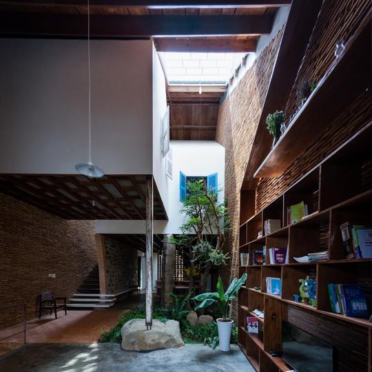 Nhà nhỏ trên cao nguyên Lâm Đồng đẹp như bước ra từ truyện cổ - Ảnh 6.