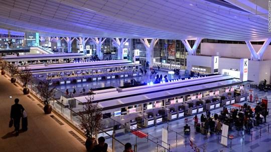 Một sân bay có lượt khách nhiều hơn dân số Việt Nam! - Ảnh 6.