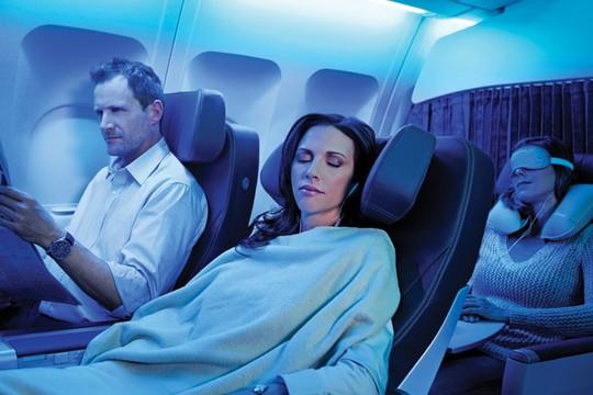 10 điều nên làm trên máy bay để thư giãn trong suốt hành trình - Ảnh 6.