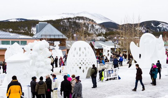 Những lễ hội điêu khắc băng tuyết hấp dẫn nhất thế giới - Ảnh 6.