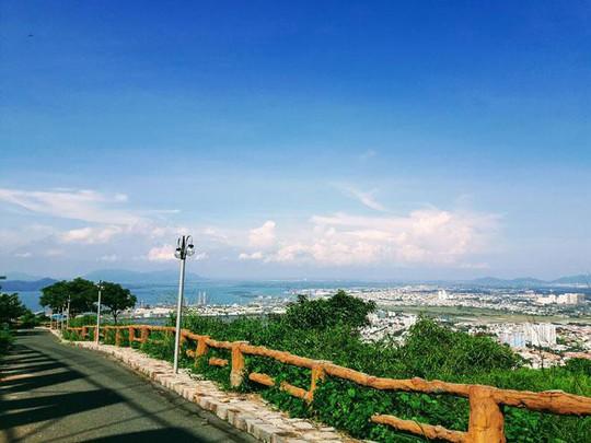 Có một nơi check-in cực đẹp ẩn mình trên đỉnh núi ở Vũng Tàu - Ảnh 6.