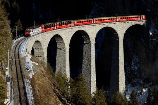 Tròn mắt trước 20 cây cầu có cấu trúc ấn tượng nhất thế giới - Ảnh 7.
