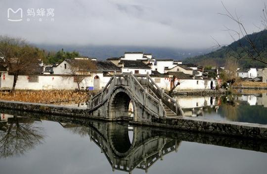 Những điểm du lịch nổi như cồn, đẹp lung linh ở Trung Quốc - Ảnh 7.