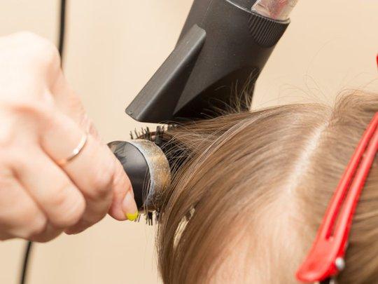 Sử dụng máy sấy tóc thế nào cho hợp lý? - Ảnh 7.
