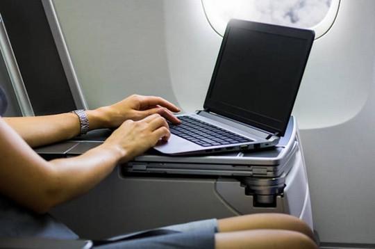 10 điều nên làm trên máy bay để thư giãn trong suốt hành trình - Ảnh 7.