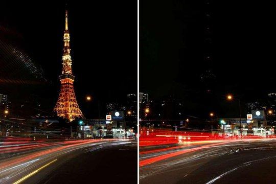 Công trình biểu tượng của thủ đô Tokyo - Nhật Bản là tháp Tokyo cũng tắt đèn trong buổi tối 25-3. Ảnh trước và sau khi tắt đèn. Ảnh: REUTERS