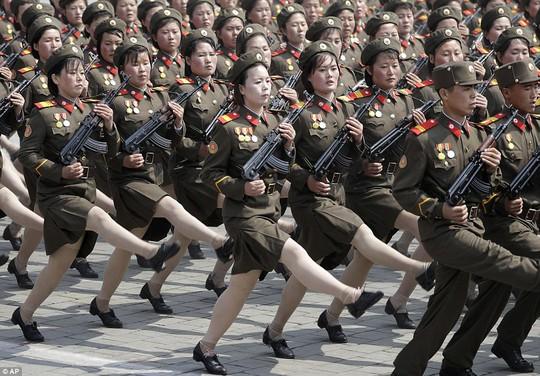 Các nữ quân nhân Triều Tiên Ảnh: AP
