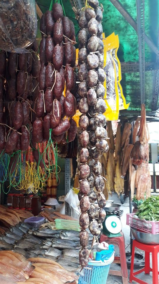 Đặc sản Thái Lan, Campuchia đổ bộ chợ truyền thống - Ảnh 8.