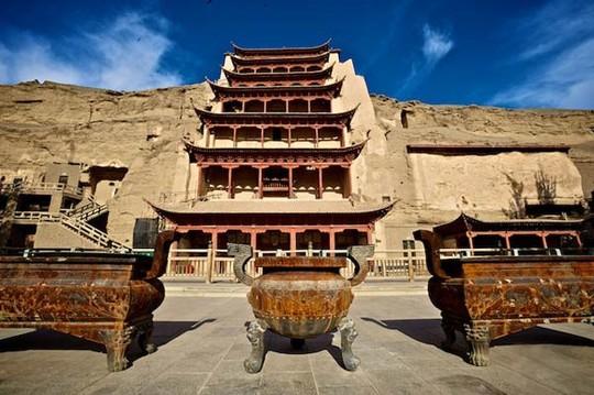 10 cổ trấn đẹp như trong phim ở Trung Quốc - Ảnh 8.