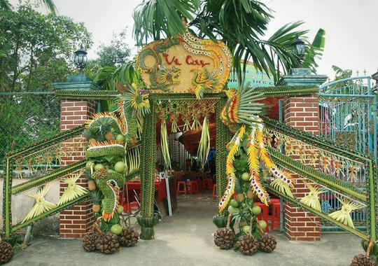 Chùm ảnh: Về miền Tây dự đám cưới có cổng lá dừa - Ảnh 8.