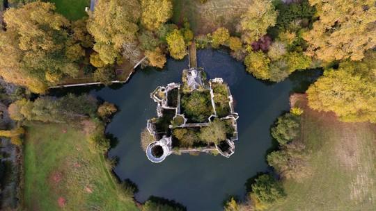 Bên trong lâu đài cổ nước Pháp có hơn 9.000 chủ nhân - Ảnh 8.