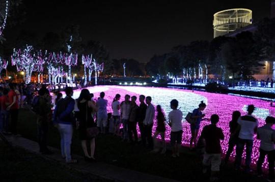 8 điểm đi chơi Noel lãng mạn nhất Sài Gòn - Ảnh 8.