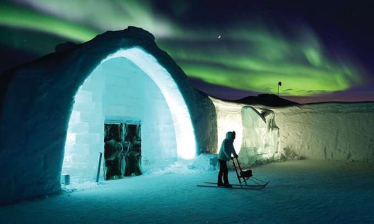 Thụy Điển mở cửa khách sạn xây từ băng tuyết - Ảnh 8.