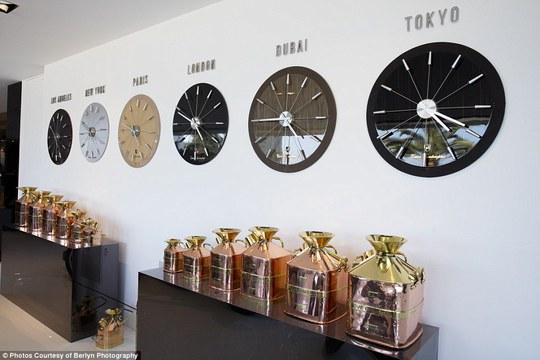 Phòng trưng bày đồng hồ. Ảnh: Berlyn Photography