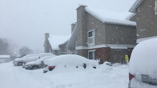 Tuyết phủ dày đến 73 cm ở phía Bắc TP New York. Ảnh: CNN