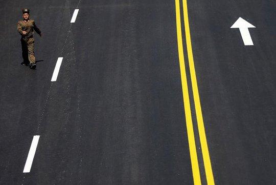 Con đường mới được khánh thành. Ảnh: Reuters