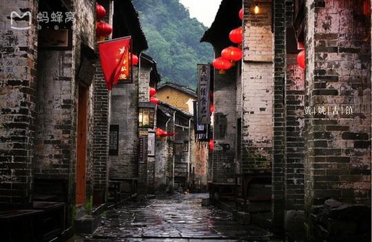 Những điểm du lịch nổi như cồn, đẹp lung linh ở Trung Quốc - Ảnh 9.