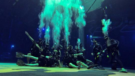 Bí mật đằng sau màn biểu diễn nước lớn nhất thế giới ở Macau - Ảnh 9.