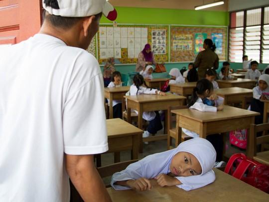 Chùm ảnh đẹp về ngày tựu trường ở 12 quốc gia trên thế giới - Ảnh 9.