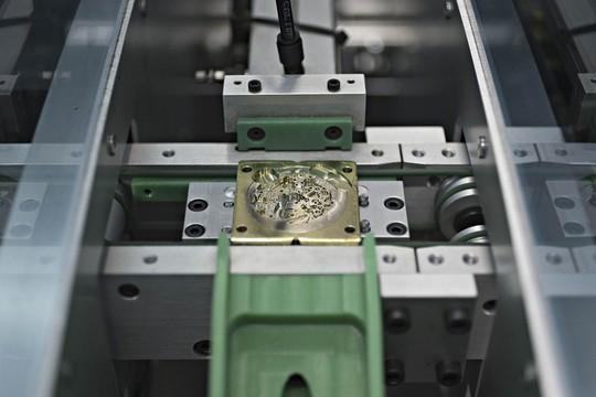 Bí mật 150 năm của xưởng sản xuất đồng hồ Thụy Sỹ - Ảnh 9.