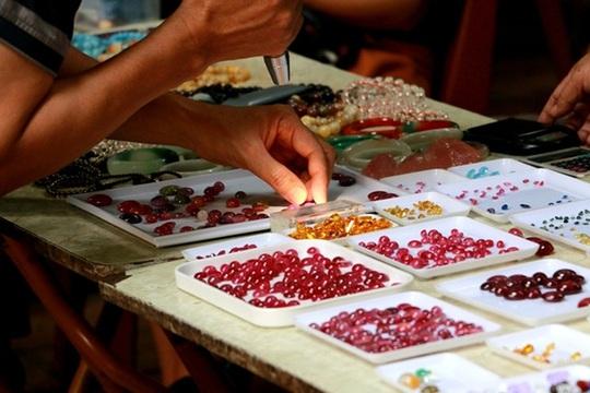 Chợ đá quý độc nhất vô nhị ở Hà Nội - Ảnh 9.