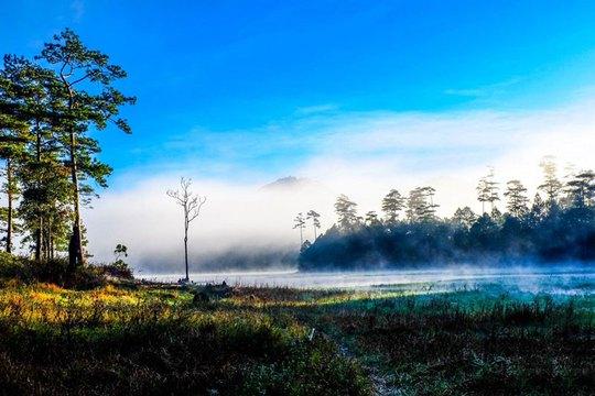Mục sở thị hồ nước đẹp hàng đầu tại miền Nam Việt Nam - Ảnh 9.