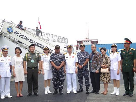 TP HCM đón cùng lúc 2 tàu quân sự Indonesia - Ảnh 10.