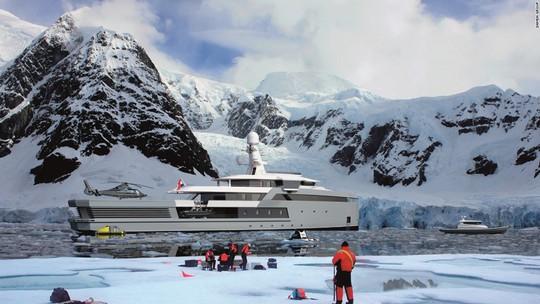 Siêu du thuyền có khả năng phá băng như tàu chiến - Ảnh 9.