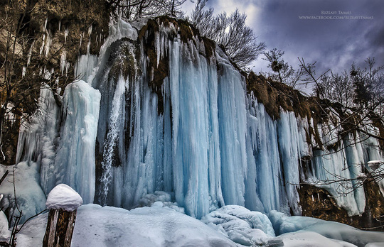 Tuyết bao phủ tuyệt đẹp ở hồ Plitvice
