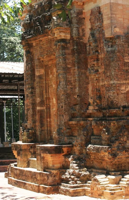 Độc đáo tháp cổ Bình Thạnh - Ảnh 10.
