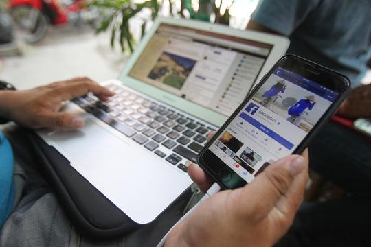 Cơ quan quản lý sẽ có cách thu thuế bán hàng qua mạng Ảnh: HOÀNG TRIỀU