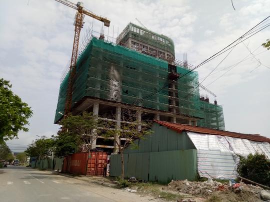 Công trình khách sạn 10 tầng nằm ven biển TP Đà Nẵng xây dựng không phép