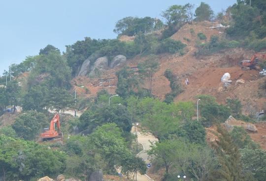 Việc xây dựng trái phép ở bán đảo Sơn Trà đang được dư luận quan tâm