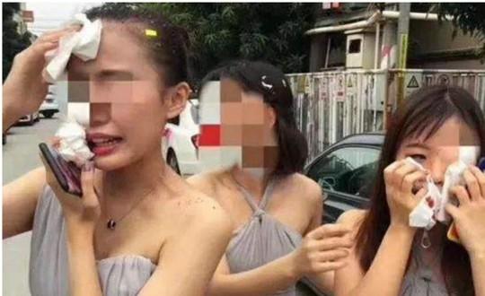 Hãi hùng những tục lệ đám cưới quái gở ở Trung Quốc - Ảnh 1.