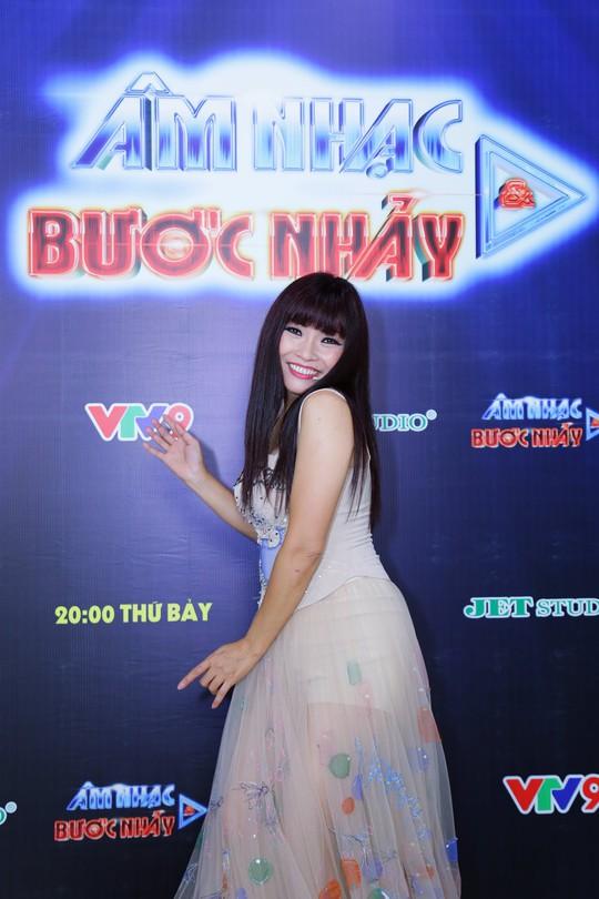 Phương Thanh lần đầu làm minishow trên sóng truyền hình - Ảnh 1.