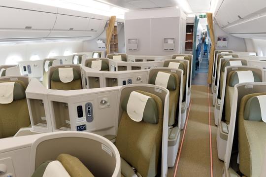 Cận cảnh chiếc siêu máy bay A350-900 thứ 8 của Vietnam Airlines - Ảnh 5.