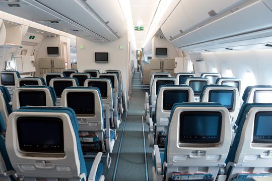Cận cảnh chiếc siêu máy bay A350-900 thứ 8 của Vietnam Airlines - Ảnh 6.
